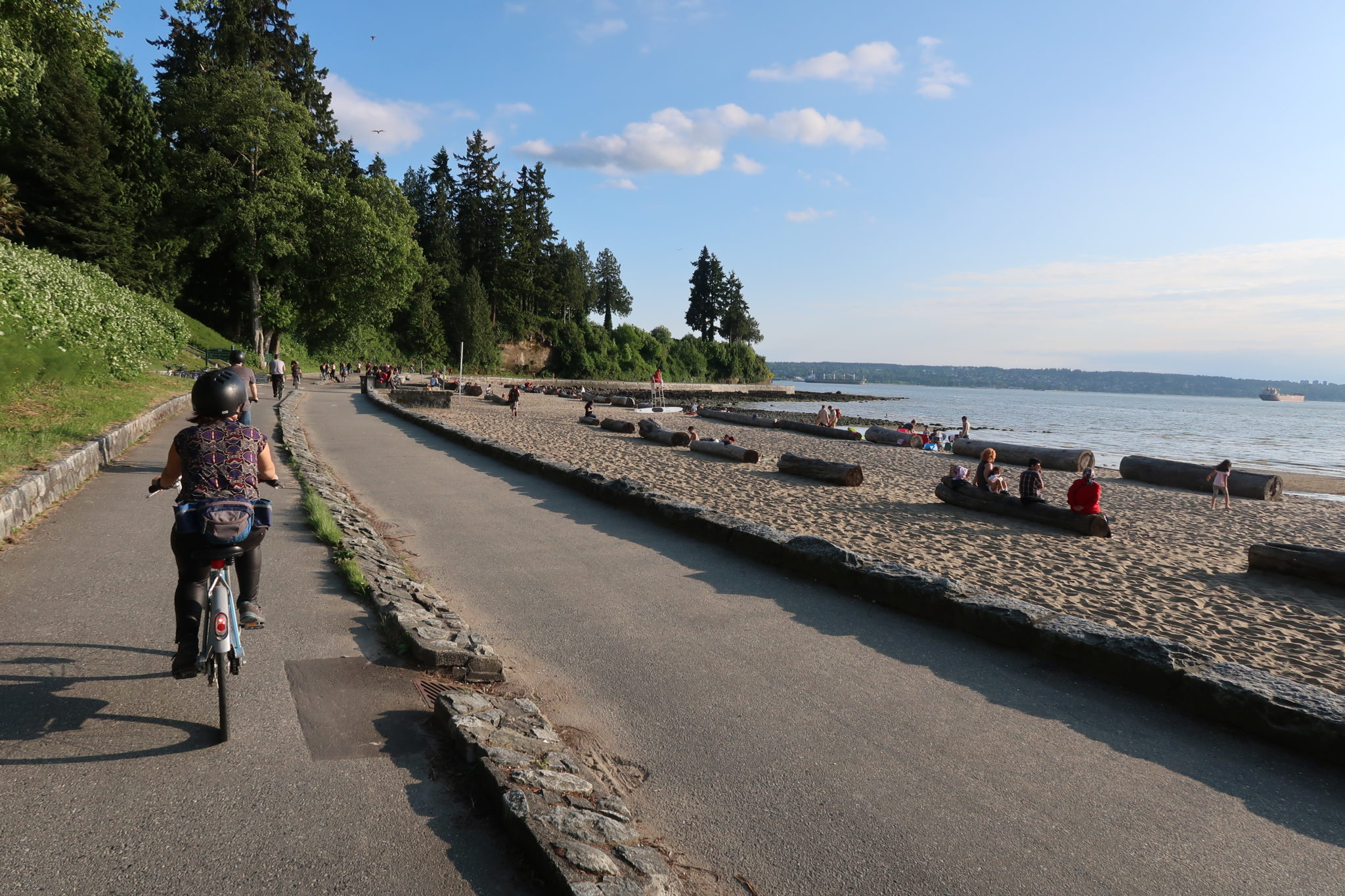 Promenade en vélo, Parc Stanley, Vancouver (mai 2018).